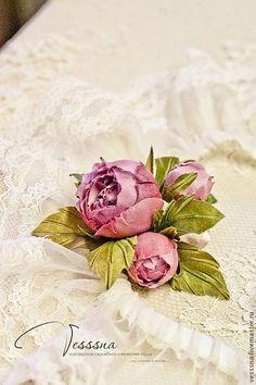 Купить Свадебные шпильки, бутоньерка и пара подвязок. Свадебные аксессуары. - розовый, цветы из шелка