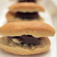 Mini chocolate sandwich