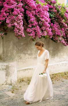 beautiful bride beugonvillia
