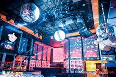 La disco - Mmm! Cabaret by Despedidas Première. Restaurante temático especial para despedidas de solter@s. www.mmmcabaret