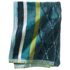 Close approximation of the ridiculously expensive Missoni Jazz towels I like - Target Threshold Cool Pattern Mix Towel - Blue