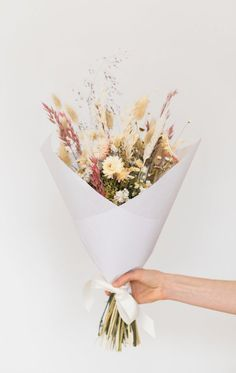 So Pretty Party wedding inspiration Boquette Flowers, Beautiful Bouquet Of Flowers, Dried Flowers, Planting Flowers, Bouquet Wrap, Dried Flower Bouquet, Flower Bouquet Wedding, Flower Bouquets, Birthday Bouquet