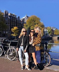 Autumn in Amsterdam with these babes