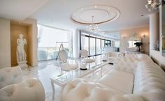 Here at Homes of the Rich, we don't feature many apartments/penthouses, so here's an extremely lavish one to make up for it! This ultra-luxe penthouse is locatedin the prestigious area of Portomaso i