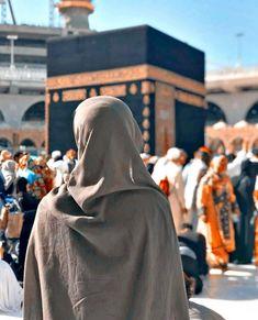 Best Islamic Images, Islamic Pictures, Arab Girls Hijab, Muslim Girls, Hijabi Girl, Girl Hijab, Niqab, Mecca Islam, Islam Quran