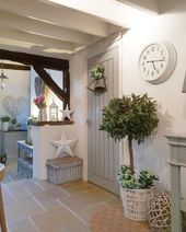 Home decor and accessories by West Barn Interiors online store decoration sejour Country kitchen Interior Design Magazine, Home Interior Design, Room Interior, Shabby Chic Kitchen, Shabby Chic Homes, Country Kitchen, Kitchen Grey, Kitchen Rustic, Kitchen Colors