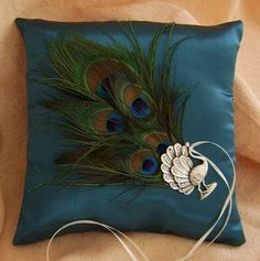 Peacock wedding pillow (love this one)