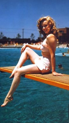 Marilyn Monroe1949 gorgeous!