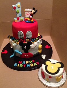Sweet Dreamz Delights of Miami Mickey Mouse Clubhouse Cake