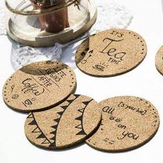 Onderzetters kurk Cork Sheet, Cork Crafts, Tea Time, Pot Holders, Art Projects, Diys, Coasters, How To Draw Hands, Woodburning