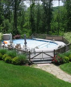 Above Ground Pools are the most effective alternative for resident who want a swimming pool however aren't ready for the much more costly choice of putting in an in-ground pool. Above Ground Pool, In Ground Pools, Backyard Landscaping, Backyard Ideas, Outdoor Spaces, Outdoor Decor, Pool Decks, Swimming Pools, House Ideas