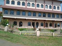 Hotel lake view, #ooty is situated at 8 acre land of #hillstation. We can experience natural living near #ootylake with family and friends. It is the largest and the most exclusive hill resort in Ooty. #nature #resorts #accomodations #holiday