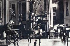 Athens_Panepistimiou_Nikoloudis 1920 b Old Greek, Athens, Old Photos, Greece, The Past, Architecture, Concert, Construction, Jars