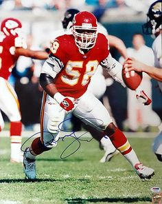 Derrick Thomas Signed 16 x 20 Photograph Kansas City Chiefs - PSA/DNA Authenticated - NFL Football Photos * Find out more about the great product at the image link.