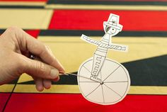 Juguete circense de papel en Manualidades para bebés, niños y niñas