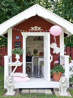 Bild 1199317 Girls Playhouse, Wooden Playhouse, Cubby Houses, Play Houses, Kids Shed, Outside Playground, Playhouse Interior, Craft Shed, Baby Barn