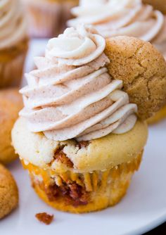 snickerdoodle cupcakes with cinnamon swirl frosting