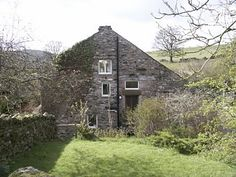 Holiday Cottages in Matterdale, The Lake District, Cumbria. Book direct with private owner E115