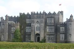 Front view of Birr Castle facing North, County Offaly, Ireland Castles In Ireland, Chateaus, Places To See, Irish, Mansions, House Styles, Face, Palaces, Mansion Houses
