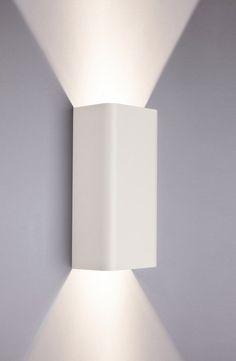 Bergen White fali lámpa Nowodvorski 9706, lámpa, csillár, webáruház, csillárbolt, világítástechnika, spotlámpa, asztali lámpa, állólámpa, falikar, függeszték, mennyezetilámpa, mennyezetlámpa, lámpa akció, csillár akció, akciós lámpa, akciós csillár, csillár áruház, lámpabolt