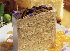 Gâteau étagé à la crème moka-beurre recette | Plaisirs laitiers