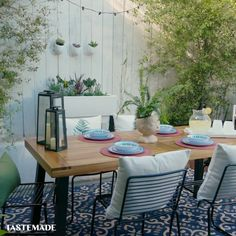 The Essential Guide to a Summer-Ready Outdoor Space Is your backyard party-ready? Bohemian Bedroom Decor, Boho Living Room, Room Decor Bedroom, White Room Decor, Warm Home Decor, Homemade Home Decor, Backyard Makeover, Backyard Patio, Backyard Landscaping