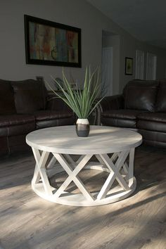 Custom made to order 40 rustic X brace coffee table. Professionally constructed … Custom made to order 40 rustic X brace coffee table. Diy Furniture Projects, Wood Furniture, Furniture Design, Outdoor Furniture, Custom Furniture, Diy Home Decor, Room Decor, Outdoor Coffee Tables, Style Deco