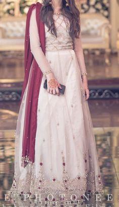 Pakistani Fancy Dresses, Beautiful Pakistani Dresses, Muslim Evening Dresses, Pakistani Fashion Party Wear, Pakistani Wedding Outfits, Pakistani Wedding Dresses, Pakistani Dress Design, Bridal Outfits, Bridal Dresses