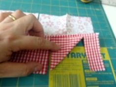 Dandolinhas: costurando ideias, tecendo comentários Owl Embroidery, Creative Embroidery, Sewing Basics, Sewing Hacks, Sewing Projects For Beginners, Projects To Try, Home Crafts, Diy And Crafts, Prairie Points