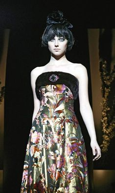 Fashion in Motion: Christian Lacroix - Victoria and Albert Museum