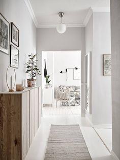 home decor grey Home tour - a light-filled, pale-grey apartment in Gothenburg White Floorboards, Grey Hallway, Hallway Wall Colors, Hallway Closet, Hallway Inspiration, Hallway Ideas, Corridor Ideas, Colour Inspiration, Scandinavian Interior Design