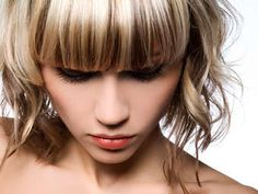 Close-up of girl with shiny hair highlights and lowlights Glossy Hair, Shiny Hair, Hair Color Highlights, Chunky Highlights, Full Highlights, Hair Studio, Cool Hair Color, Hair Colour, Hair Dos