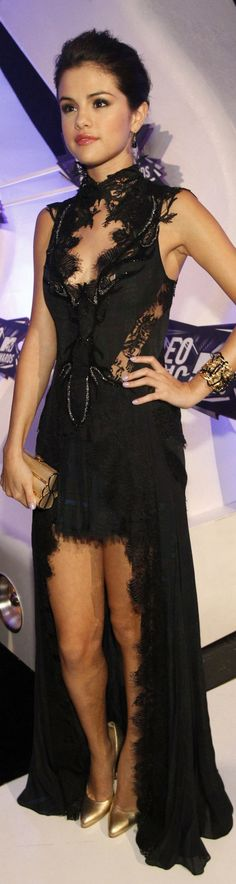 Selena Gomez fashion dress. Black elegant lace fashion ♥✤ | Keep the Glamour | BeStayBeautiful