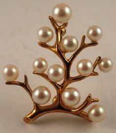 Estate MIKIMOTO 4.5-5.5mm Pearl Tree of Life 14K Yellow Gold Pin Brooch    http://www.ebay.com/itm/Estate-MIKIMOTO-4-5-5-5mm-Pearl-Tree-Life-14K-Yellow-Gold-Pin-Brooch-/121016142934?pt=US_Fine_Jewelry=item1c2d1fcc56