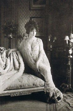 Geneviève Lantelme, French stage actress, socialite, fashion icon, and courtesan. She was considered by her contemporaries to be one of the most beautiful women of the Belle Epoque. She is remembered for the mysterious circumstances of her death: on the night of July 24/25, 1911, she fell from the yacht of her husband, Alfred Edwards.