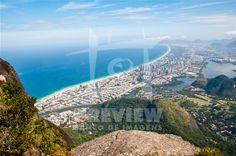 Barra da Tijuca vista de cima da Pedra da Gávea, Rio de Janeiro, Brasil. #RJ #rioeuteamo #RiodeJaneiro