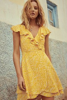Shop Free People dresses for any occasion - summer, casual, maxi dresses + more. Buy now for Free Delivery. Oufits Casual, Casual Dress Outfits, Casual Summer Dresses, Modest Dresses, Day Dresses, Cute Dresses, Cute Outfits, Short Sleeve Dresses, Dresses For Work