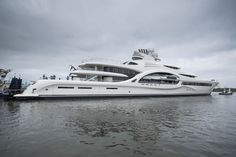 Feadship has launched its largest yacht to date in Makkum today: the superyacht project known as hull 1007 and designed by Michael Leach. Yacht Boat, Yacht Club, Luxury Yachts, Luxury Boats, Digital Ocean, Yacht Design, Speed Boats, Jet Ski, Aerial Photography
