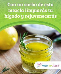 Con un sorbo de esta mezcla limpiarás tu #hígado y #rejuvenecerás Tanto los ácidos grasos del aceite de oliva como los compuestos antioxidantes del limón nos ayudan a regular los niveles de colesterol y #triglicéridos y mejoran el funcionamiento cardíaco #RemediosNaturales