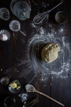 black sesame rolls with yuanyang coffee-tea glaze