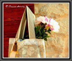 Sac Princess Anouchig Burlap, Creations, Reusable Tote Bags, Fashion Design, Princess, Purse, Hessian Fabric, Jute, Canvas