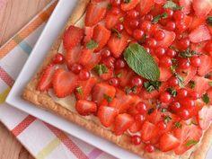 Receta | Tarta de chocolate blanco, mascarpone y fresas - canalcocina.es