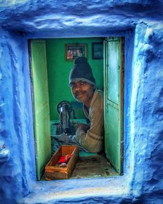 Tailor in the blue city (Jodhpur) India People, Blue City, Rajasthan India, Places Of Interest, Jodhpur, India Travel, Middle Ages, Culture, Travelling