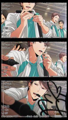 Me: Tooru, I said don't sign the camera! Oikawa: But my fans! Manga Haikyuu, Haikyuu Funny, Haikyuu Fanart, Manga Anime, Anime Expo, Anime Boys, Hot Anime Boy, Cute Anime Guys, Oikawa Tooru