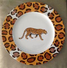 "Limoges France Patricia Deroubaix Porcelain LEOPARD Dinner Plate 10.5"" | eBay Limoges France, St Kitts, Trinket Boxes, Grenada, Plate, Hand Painted, Collections, Ebay, Dinner"