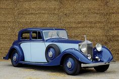 1934 Rolls Royce Phantom II Continental Sports Saloon This is a beautiful car –… Rolls Royce Limousine, Rolls Royce Cars, Classic Cars British, Best Classic Cars, Vintage Cars, Antique Cars, Vintage Rolls Royce, Rolls Royce Phantom, Best Muscle Cars