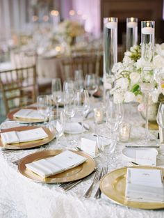 Elegant Gold and white Wedding Chargers Archives - Weddings Romantique Wedding Table, Our Wedding, Wedding Ideas, Wedding Details, Wedding Reception, Wedding Inspiration, Gold Chargers Wedding, Reception Decorations, Table Decorations