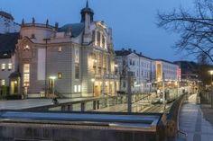 Stadttheater Bielefeld im Abendlicht