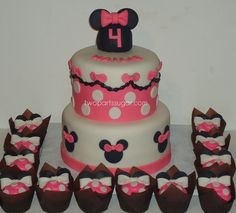 Minnie Mouse cakes | Minnie Mouse cake | Flickr - Photo Sharing!