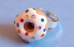 Adjustable ring, donut w/jewels from http://www.flickr.com/photos/yifatiii/5958128575/in/photostream